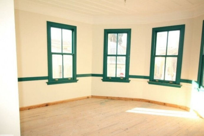 rock-anew-zero-historic-building-on-s-unkapani-skopje-street-big-3