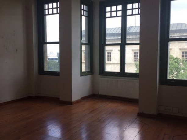office-for-rent-against-the-british-consulate-in-beyoglu-big-3