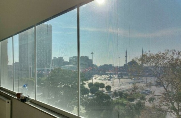 200m2-in-taksim-center-spacious-office-with-elevator-big-2