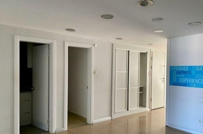 200m2-in-taksim-center-spacious-office-with-elevator-big-7