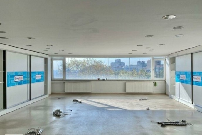 200m2-in-taksim-center-spacious-office-with-elevator-big-3