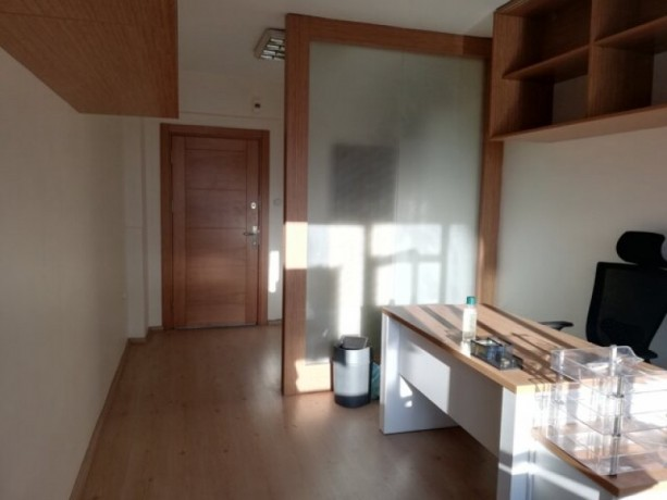 istanbul-kadikoy-osmanaga-office-for-rent-big-5