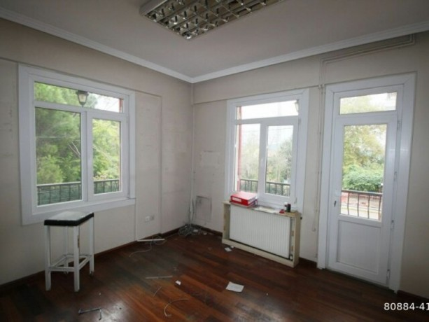 istanbul-sariyer-emirgan-rental-detached-house-suitable-for-workplace-in-the-center-big-5
