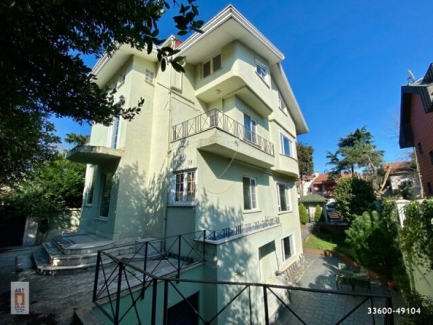 istanbul-besiktas-levent-villa-with-parking-for-rent-big-2