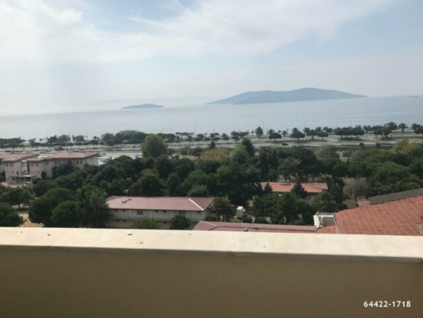 istanbul-kartal-orhantepe-duplex-apartment-with-islands-and-sea-view-big-0