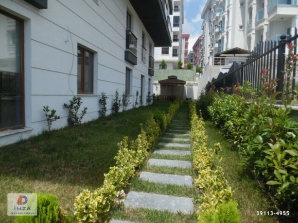 istanbul-beylikduzu-in-new-building-residential-parking-lot-lux-2-bedroom-big-0