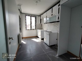 Zero 3 + 1 125 M2 double bathroom balcony opportunity
