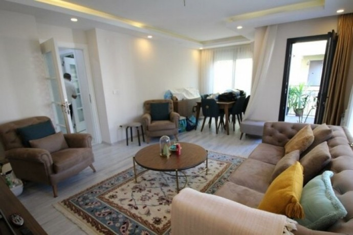 istanbul-bahcelievler-life-plaza-back-5-year-building-2-bedroom-apartment-to-buy-big-1