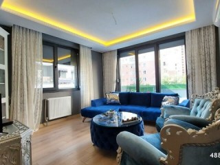 Istanbul Beylikdüzü Location RIGHT_ custom made new apartment with Veranda in the Site