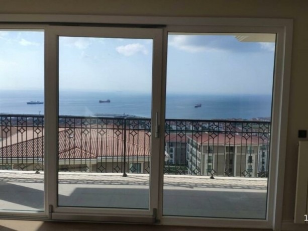 istanbul-beylikduzu-marmara-top-floor-apartment-with-full-sea-view-big-2