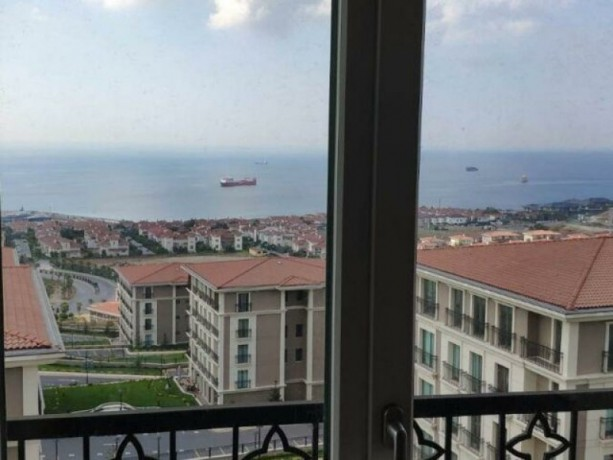 istanbul-beylikduzu-marmara-top-floor-apartment-with-full-sea-view-big-1