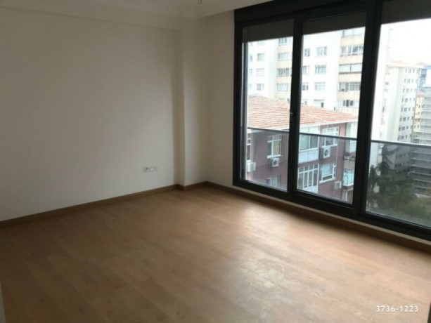 istanbul-kadikoy-caddebostan-175-m2-31-apartment-on-floor-40-m2-hall-zero-big-4