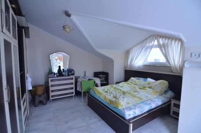 amazing-price-for-penthouse-apartment-big-14