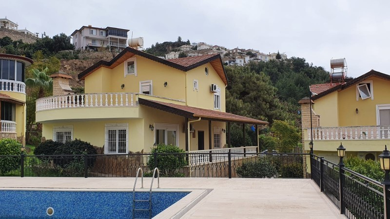 cheap-and-full-furnished-villa-with-a-sea-view-big-1