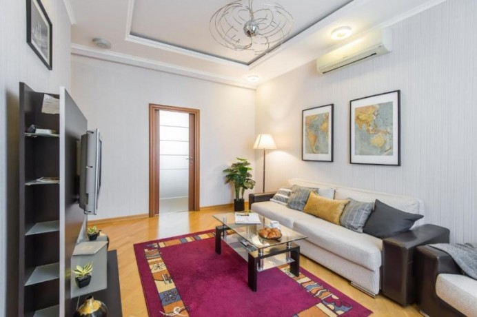 two-bedrooms-beatiful-location-cozy-flat-100-meters-walking-distance-to-the-subway-big-4