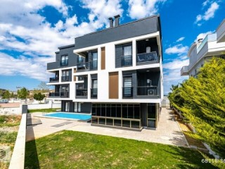LUXURY APARTMENT WITH 1 + 1 ZERO FURNITURE IN NEW BUILDING IN GÜZELOBA