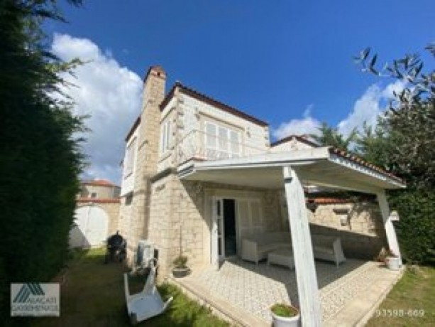 31-villa-with-shared-pool-for-rent-in-alacati-big-10