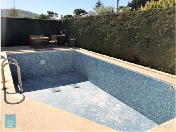 31-villa-with-shared-pool-for-rent-in-alacati-big-7