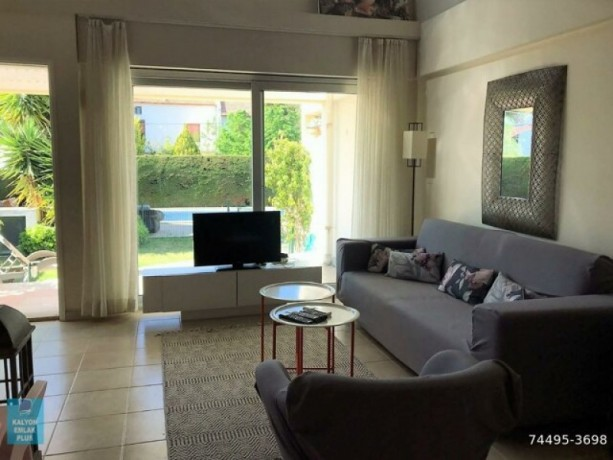 31-villa-with-shared-pool-for-rent-in-alacati-big-16
