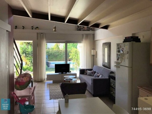 31-villa-with-shared-pool-for-rent-in-alacati-big-6