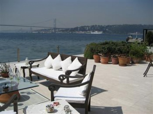 residential-penthouse-for-sale-located-in-levant-big-0