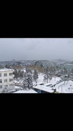 room-for-rent-to-student-with-bosphorus-sea-view-in-besiktas-big-2