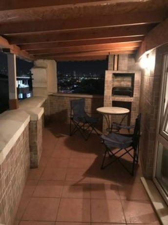 istanbul-old-apartment-for-rent-2-bedroom-kadikoy-furnished-monthly-big-0