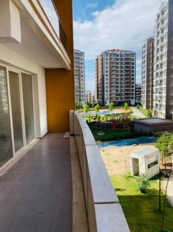 beylikduzu-3-bedroom-apartment-for-sale-570000tl-istanbul-complex-big-0