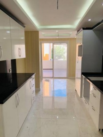 beylikduzu-3-bedroom-apartment-for-sale-570000tl-istanbul-complex-big-2