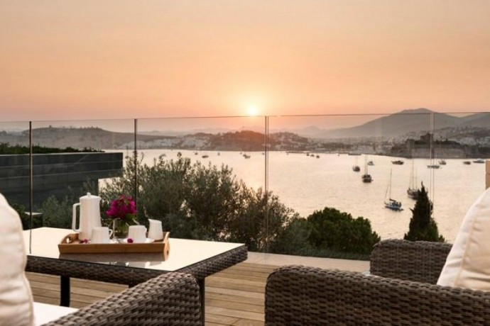 shalvaraga-houses-rises-in-kumbahce-with-views-of-bodrum-castle-big-2