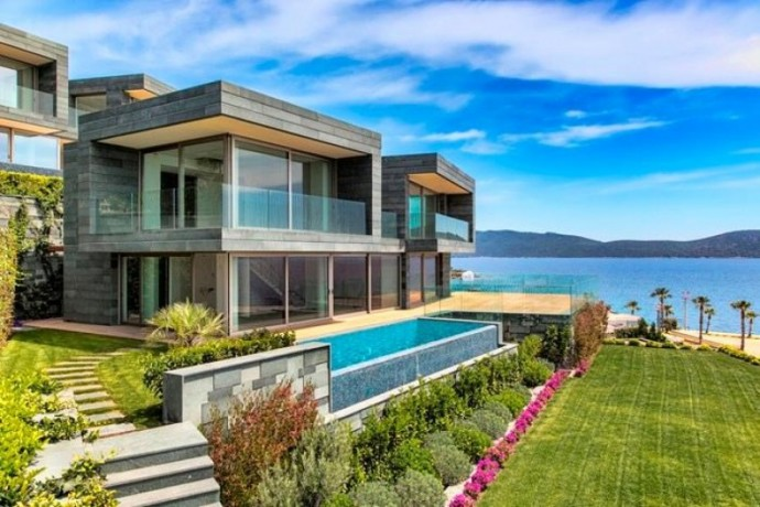 shalvaraga-houses-rises-in-kumbahce-with-views-of-bodrum-castle-big-12