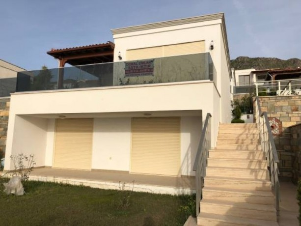 turgutreis-yali-3-1-luxury-villa-with-detached-garden-bodrum-big-2