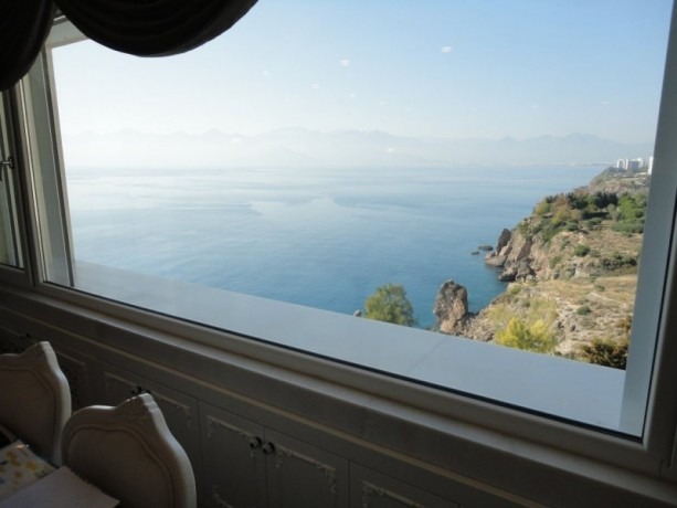antalya-luxury-apartment-for-sale-with-super-sea-view-3-bedroom-big-5