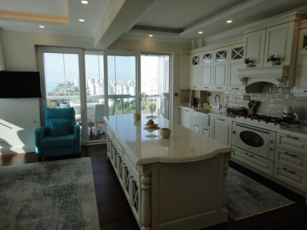 antalya-luxury-apartment-for-sale-with-super-sea-view-3-bedroom-big-10