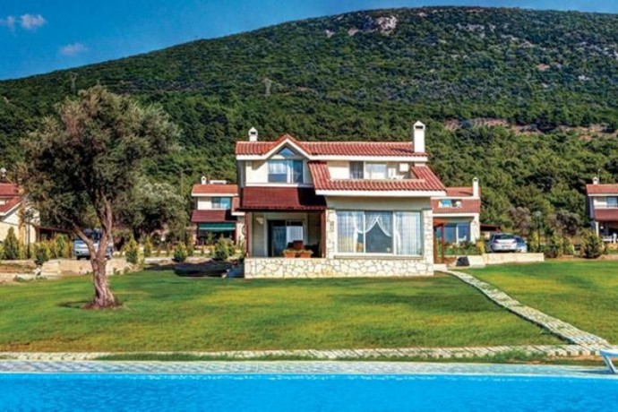 izmir-urla-46-villas-with-hobby-garden-stands-out-as-a-boutique-project-in-nature-big-1