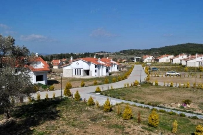 izmir-urla-46-villas-with-hobby-garden-stands-out-as-a-boutique-project-in-nature-big-4