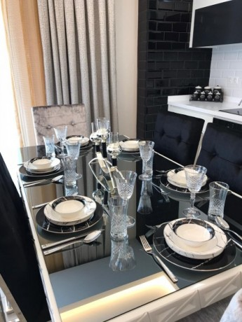new-luxury-residences-with-full-activities-for-sale-big-12