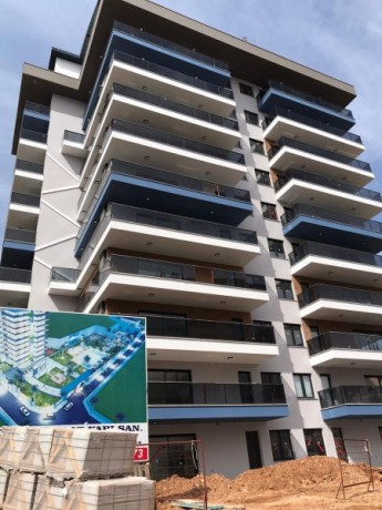 new-luxury-residences-with-full-activities-for-sale-big-0