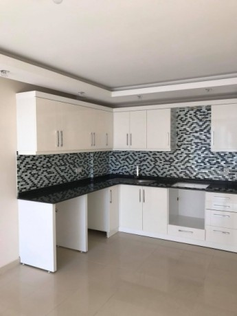 new-luxury-residences-with-full-facilities-for-sale-big-9