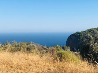 A plot of land for construction of residential real estate with spectacular views of the sea and the town of Datca