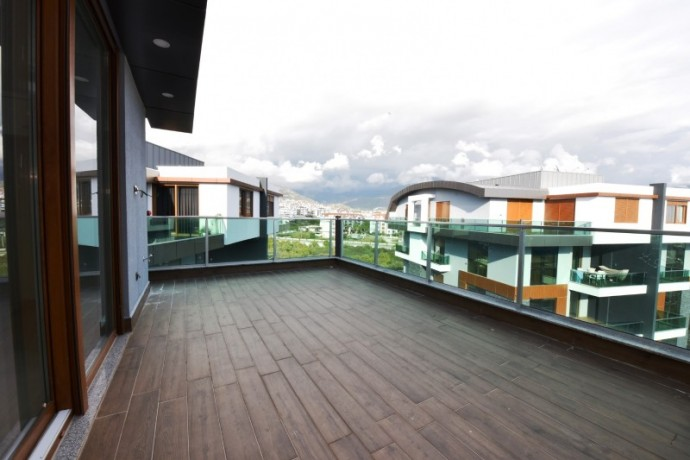 luxury-new-penthouse-in-a-full-social-activities-complex-for-sale-big-2