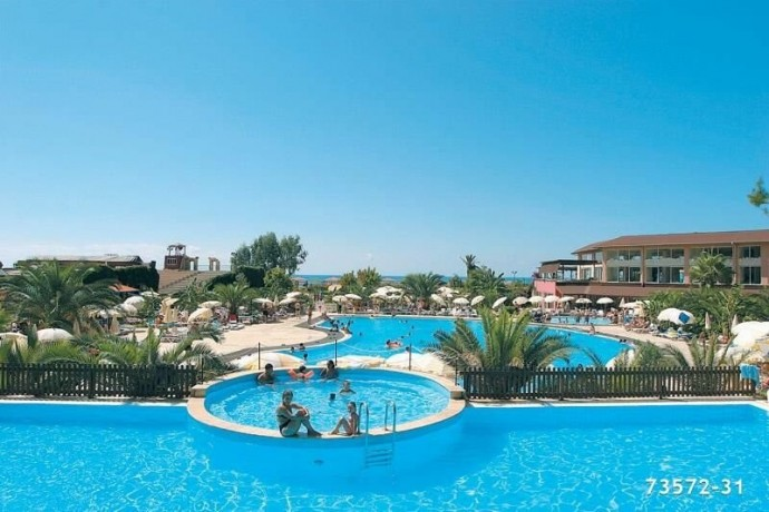 35636-m2-seaworthy-150m-beach-holiday-village-hotel-big-1