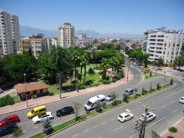 old-apartment-antalya-by-the-sea-needs-refurbishment-for-luxury-big-1