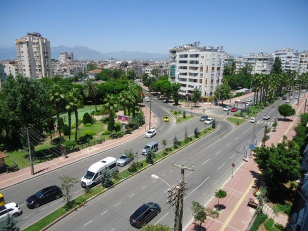 old-apartment-antalya-by-the-sea-needs-refurbishment-for-luxury-big-12